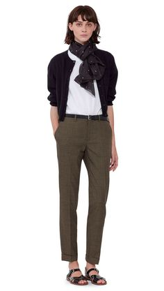 WOMEN SS16 11 Love the patent sandals and the scarf. The length of the trouser is perfect!