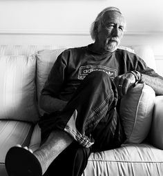 Neat article, great photo of one o f my heroes... Lee Clow.  12 Conversations About the Past, Present and Future of Advertising