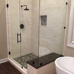 Design Rustique, Large Bathrooms, Master Bathrooms, Master Bathroom Shower, Shower Rooms, Master Baths, Bathroom Showers, Modern Bathrooms, Dream Bathrooms