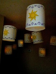 Lanterns for a Tangled Party -Fun decorating ideas to theme an outdoor movie night from Southern Outdoor Cinema of Atlanta. Rapunzel Birthday Party, Tangled Party, Disney Princess Party, Disney Birthday, 3rd Birthday Parties, Disney Themed Party, Tangled Movie, Birthday Ideas, Disney Parties