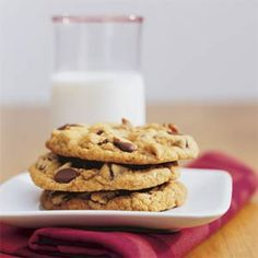 Thick, Chewy Chocolate Chip Cookies (MyRecipes.com)