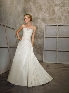 Winifred-Vestido de Noiva em tafetá - dresseshop.pt