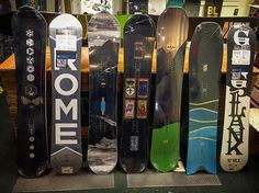 @darksidestowevt More offerings from @romesnowboards Mod Rocker, @alek_oestreng RK1 Agent, Gang Plank, Mountain Division, & Pow Division ST🏂 #snowboarding #romesds #mod #rocker #RK1 #agent #gangplank #mountain #division #pow #swallowtail #supportlocal #darkside #vermont #shred #winter
