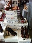 Offro bellissimo lotto scarpe firmato donna della stagione passata. merce da negozi target Brand medio alto