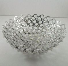 Creative recycling with can tabs. Today for you we have selected 20 creative ideas to recycle can tabs. Soda Tab Crafts, Can Tab Crafts, Tape Crafts, Pop Top Crafts, Pop Can Tabs, Soda Tabs, Bottle Cap Art, Aluminum Cans, Pop Cans