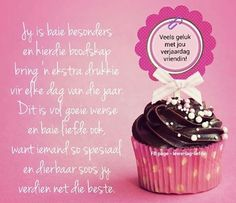 gelukkige verjaardag vriendin - Google Search Birthday Msgs, Birthday Wishes Quotes, Birthday Messages, It's Your Birthday, Happy Birthday Pictures, Happy Birthday Sister, Happy Birthday Cards, Birthday Greetings, Happy Wishes