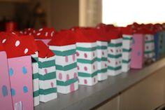 γιαουρτοπόταμος: χειροποίητες ξύλινες παιδικές μπομπονιέρες Advent Calendar, Holiday Decor, Blog, Home Decor, Homemade Home Decor, Blogging, Decoration Home, Interior Decorating