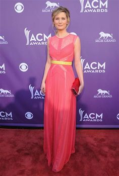 Jennifer Nettles arrives at the 47th Annual Academy of Country Music Awards in Las Vegas on April 1, 2012.