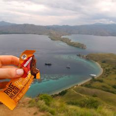 You're #InRudeHealth when... your bite sized pumpkin pie comes across the world and up a mountain with you. It will go anywhere. Where have you taken yours? 📷@rosiegordonlennox