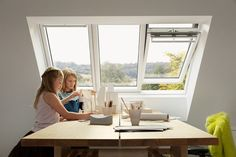 Nyhet: Velux lanserer trippelt takvindu - Byggmakker Studio, Web Design, Windows, Acacia, Home, Roof Window, Fireplace Heater, House, Ad Home
