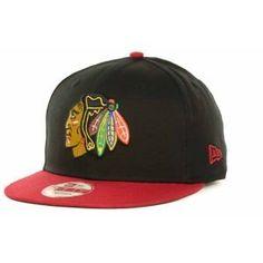 Amazon.com   NHL Chicago Blackhawks 2Tone 950   Sports Fan Baseball Caps    Clothing. Nhl ChicagoChicago BlackhawksNew Era CapFitted CapsSnapback ... f9f26de0c5a0