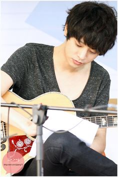 Jung Joon Young, Happy Pills, Korean Singer, Random Stuff, Best Friends, Restaurant, Band, Night, My Love