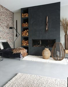 Living Room Colors, My Living Room, Home And Living, Living Room Decor, Danish Living Room, Tadelakt, Living Room Storage, Fireplace Design, Interior Design Living Room
