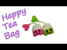 Happy Tea Bag Tutorial by feelinspiffy (Rainbow Loom) Rainbow Loom Tutorials, Rainbow Loom Patterns, Rainbow Loom Creations, Rainbow Loom Bands, Rainbow Loom Charms, Rainbow Loom Bracelets, Loom Love, Fun Loom, Rubber Band Crafts