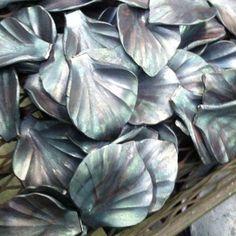 hand forged / flower petals / steel Oak Hill Iron