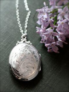 Large Oval Sterling Silver Locket Necklace, Vintage Floral Engraved Photo Pendant - Bloom