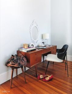 This looks very much like my dressing table, only I have the mirrors attached.  It's a great piece of furniture!