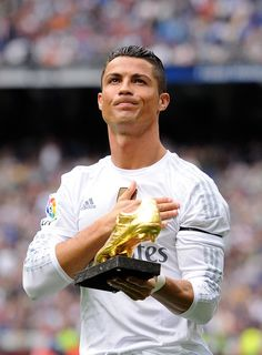 Cristiano Ronaldo Haircut, Real Madrid Cristiano Ronaldo, Cristino Ronaldo, Cristiano Ronaldo Juventus, Neymar, Messi, Ronaldo Hd Images, Ronaldo Pictures, Cristiano Ronaldo Wallpapers