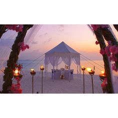 21 Most Romantic Beach Wedding Destinations ❤ liked on Polyvore featuring backgrounds