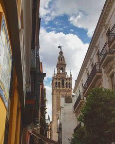 En #Instagram: La Giralda  #Sevilla #España #trip http://ift.tt/1QUGGew