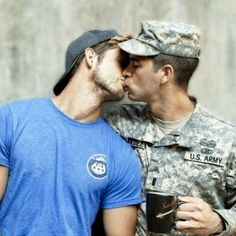 Kissing and coffee <3