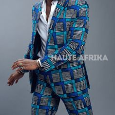 Ensemble costume homme ( veste et pantalon) faits en pagne wax africain . Prêt-à-porter et sur mesure. Plusieurs model disponibles Wax, Blazer, Costumes, Model, Jackets, Fashion, Men Wear, African, Moda