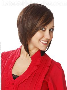 Short Triangular Medium Haircut Side View