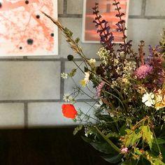 #malerei #abstrakte malerei #zeitgenössische malerei Wreaths, Plants, Home Decor, Contemporary Art, Painting Abstract, Photo Illustration, Decoration Home, Room Decor, Planters