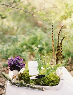 low design of moss and ferns, love the lichen covered branch Flowerwild Designs: Once Wed - Shoot with Duet Weddings