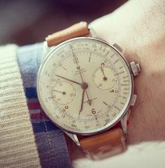 Rolex is a symbol of luxury in the timepiece world. It's also know as an expensive brand. Here are 15 of the most expensive rolex watches. Rolex Vintage, Vintage Watches, Cool Watches, Watches For Men, Ladies Watches, Timex Watches, Watches Rolex, Men's Rolex, Beautiful Watches
