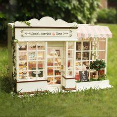 Diy Miniature Model Kit Simon S Coffee Shop Dollhouses Minis