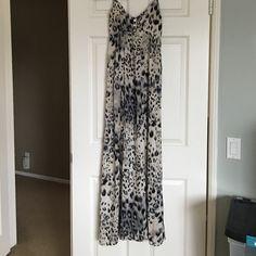 Leopard maxi dress Super comfortable leopard maxi dress. Lightweight material. Offers welcomed :) Boutique Dresses Maxi