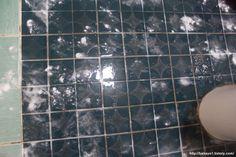 살림 고수 주부의 화장실 청소 쉽게 하는 13가지 방법 총정리 Tile Floor, Life Hacks, Cleaning, Flooring, Texture, Crafts, Surface Finish, Manualidades, Tile Flooring