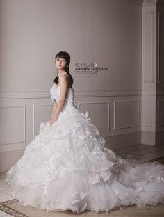sasaki nozomi COLLECTION   SC166 - http://www.bienveil.com/cms/brand/dressdetail/258