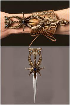 The wrist cuff Ellaria wears, which hides a secret dagger. Ellaria's dagger, which she uses to murder Doran. Pretty Knives, Cool Knives, Swords And Daggers, Knives And Swords, Knife Aesthetic, Hidden Weapons, Mode Steampunk, Steampunk Weapons, Armas Ninja