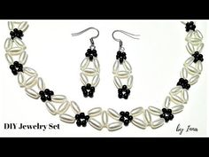 Beaded bracelet with pearls and jump rings. Beading tutorial-easy to make - YouTube