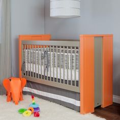 any baby who has this crib is one lucky kid, in style from day one!