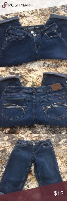 Justice cropped jeans Excellent condition justice cropped jeans for girls Justice Bottoms Jeans