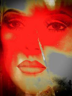 'Feeling red' von Gabi Hampe bei artflakes.com als Poster oder Kunstdruck $20.79