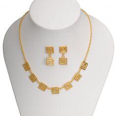 """-""""Set de collar 7 dijes decoración típica Calima y aretes"""" baño en oro de 24k, cómpralo con un 20% de descuento. #joyasprecolombinas http://www.joyasyartesanias.com/set-de-collar-7-dijes-decoracion-tipica-calima-y-aretes.html"""