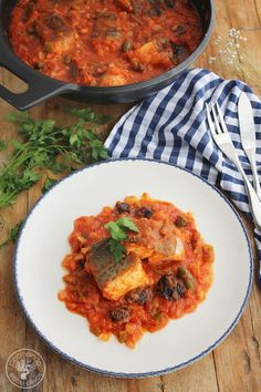 Bacalao franciscano (1) Spanish Food, Spanish Recipes, Latin Food, Fish And Seafood, Ratatouille, Curry, Meals, Ethnic Recipes, Desserts