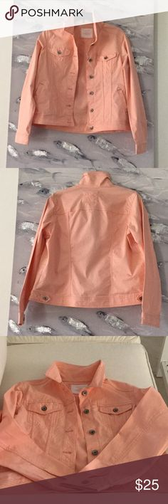 Sonoma colored jean jacket Jr Sz L Sonoma Life & style Colored jean jacket Junior size large This jacket is so cute and so great for spring and cool summer nights. It's a great summer color too! 97% cotton and 3% spandex  Machine washable  Imported Sonoma Jackets & Coats Jean Jackets