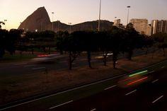Cartão-postal: Aterro do Flamengo ao amanhecer. Foto: Marcelo Piu/ Agência O Globo