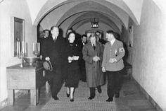 Hitler and duke of Windsor@