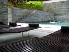 LOUNGE BEDS_ The Therme Vals. firm: Peter Zumthor, with Marc Loeliger, Thomas Durisch and Rainer Weitschies; Peter Zumthor, John Pawson, Carlo Scarpa, Modern Exterior, Interior Exterior, Interior Design, Kengo Kuma, Thermal Vals, Ad Architectural Digest