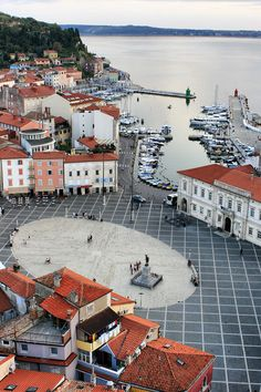 Love tiny European towns. Piran, Slovenia Your holidays in Slovenia! Contact us on Skype: e-growman or e-mail us: jiznelub@gmail.com