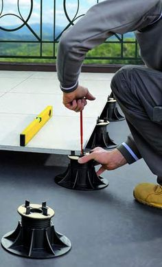 HandyDeck: Adjustable Height Pedestals for Perfectly Level Elevated Rooftop Decks