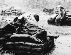 Premio Pulitzer de fotografía de 1968:  Foto llamada Dreams of Better Times de Toshio Sakai para United Press International. Tomada, nuevamente, en la Guerra de Vietnam.