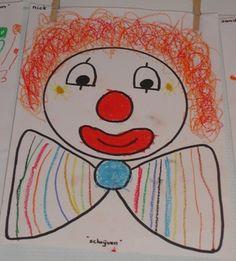 - Juf Joyce  Op circusmuziek de clown met schrijfbewegingen afmaken