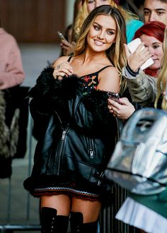Perrie Edwards of Little Mix seen at BBC Radio One on October Perrie Edwards Style, Little Mix Perrie Edwards, Jesy Nelson, Little Mix Girls, Litte Mix, Bae, Mixed Girls, Woman Crush, Pretty People